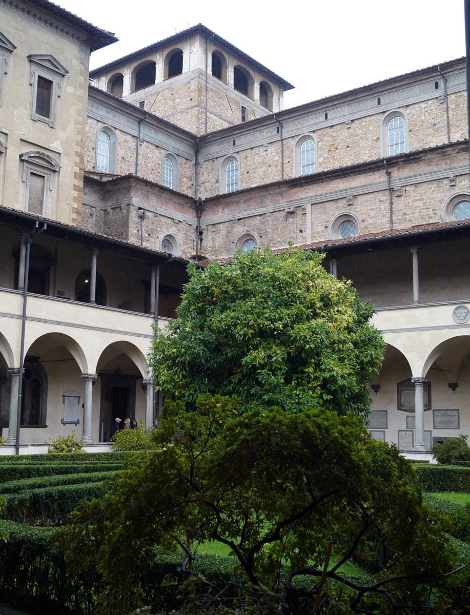 cloister-garden-san-lorenzo
